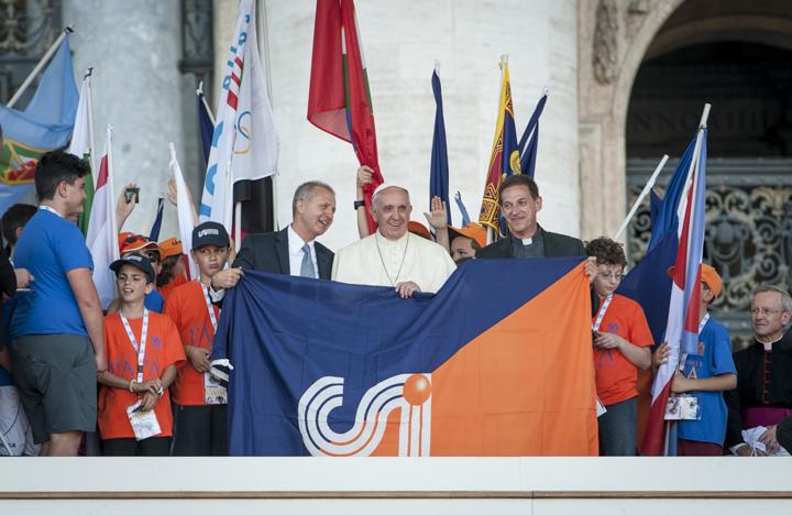 Nella vita, come nello sport, non accontentatevi di un pareggio mediocre (Papa Francesco)